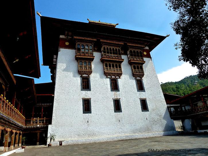 The mighty fortress in Punakha Dzong - Bhutan the Beautiful