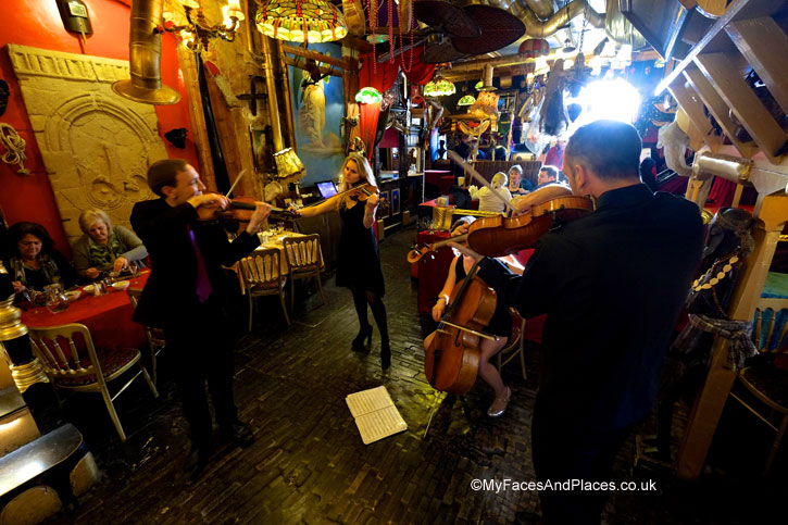 Showtime with the String Quartet - Sarastro Restaurant