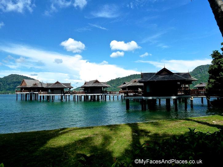 Romantic Spa Villas over the sea