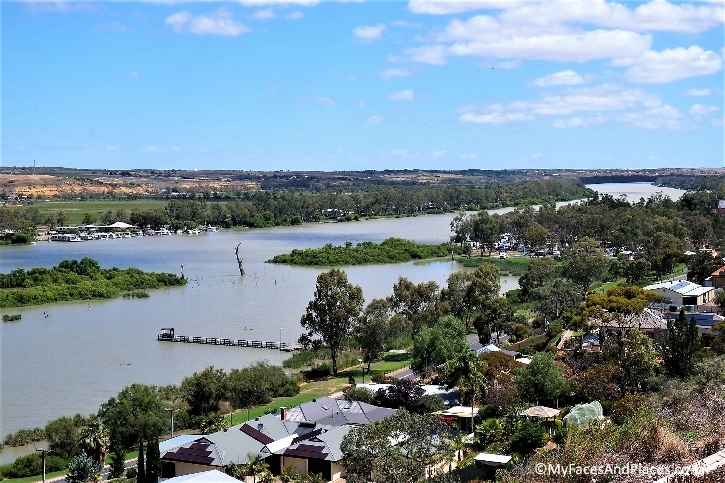 The riverine scenery on the Murray River
