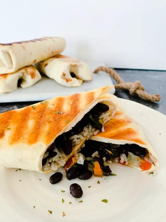 Vegetarian Freezer Meals | Vegetarian Burrito Recipe | Vegan Freezer Burritos | Vegan Freezer Meals | Freezer Bean Burritos | Black Bean and Cheese Burrito | Vegan Burrito Recipe
