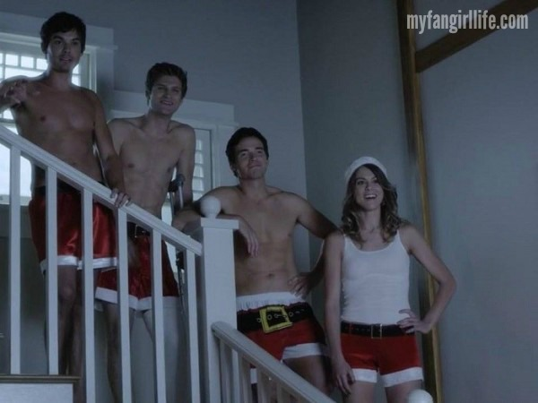 Bed Buddies as Santas Pretty Little Liars