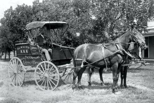 OLD WEST MEDICINE wagon