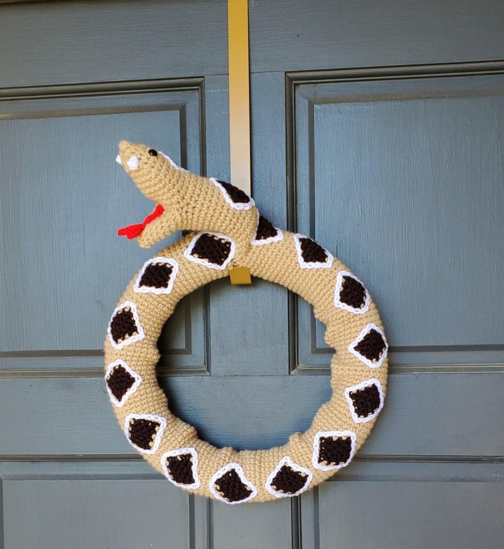 rattlesnake wreath plain