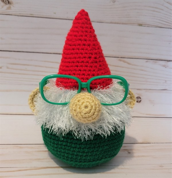 Christmas Gnome Eyeglass Holder Crochet Pattern
