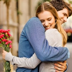 Kissing & Hugging Romantic Whatsapp Profile pics