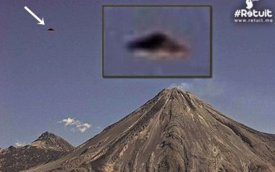 Flying Object next to Colima Volcano, Mexico
