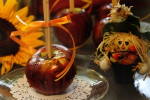 Recipes - Candy Apples Image - 4
