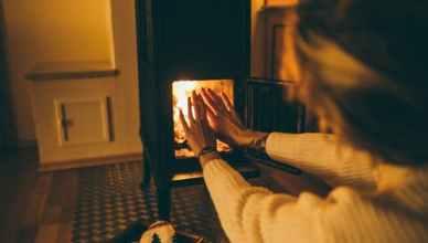 實用資訊-如何挑一台適合自己的電暖器?電暖器選購重點整理