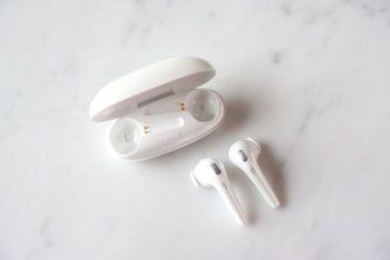 1MORE ComfoBuds 舒適豆真無線耳機舒適豆(珍珠白)