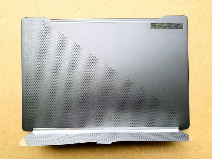 ASUS ROG Zephyrus 西風之神 G14 電競筆電俯視視角