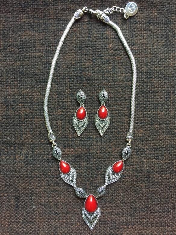 Vintage Jewelry Organizer