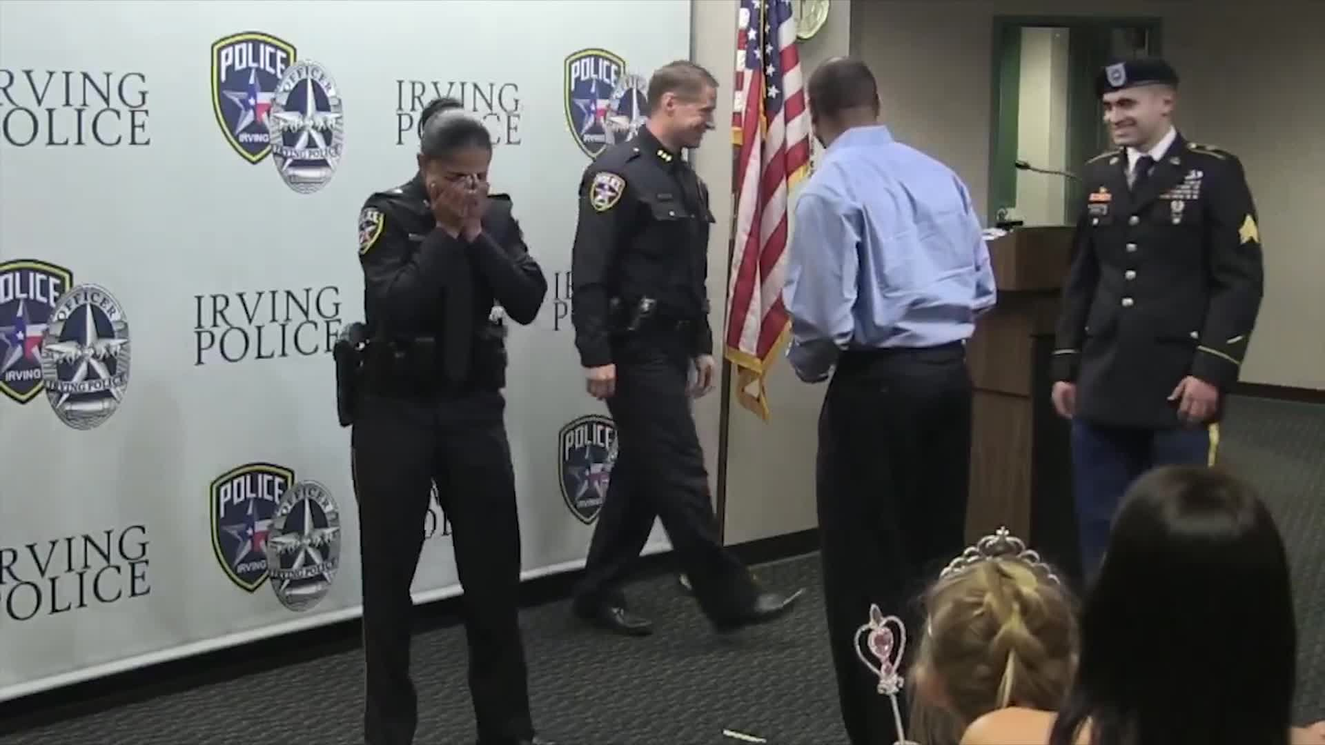 A soldier surprised his mom while she was being sworn in as a police officer