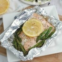 Grilled Salmon & Asparagus Foil Packs