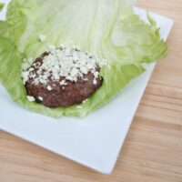 Grilled Bacon & Blue Cheeseburgers {Lettuce Wraps}