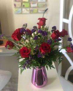 Dozen Red Classis Roses
