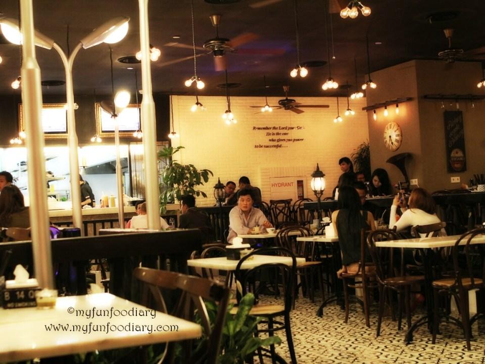 Suasana Qq Kopitiam Plaza Indonesia Myfunfoodiary Indonesian Food Beauty Travel Lifestyle Blog Based In Jakarta