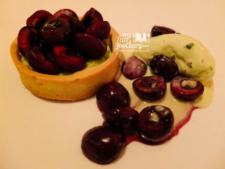 Cherry Clafeutis