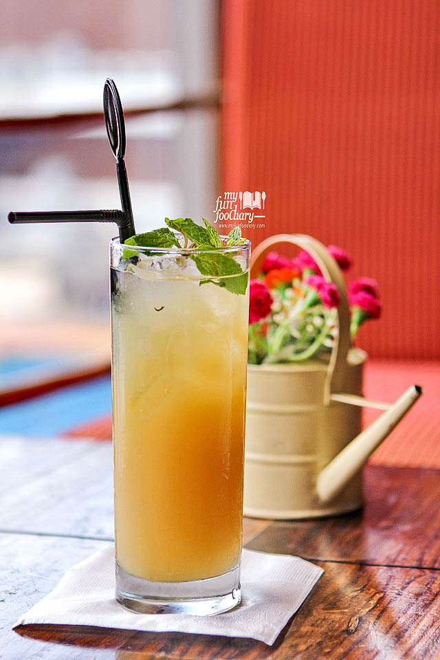 Homemade Fresh Ginger Juice Boka Buka Resto Street Gallery PIM by Myfunfoodiary