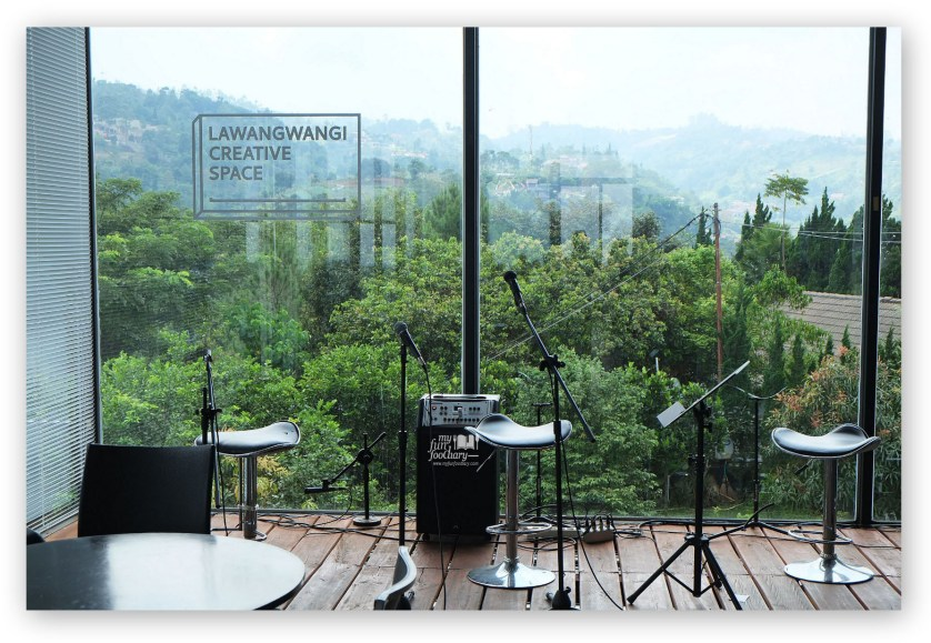 Mini Stage at Lawang Wangi Art Space Bandung by Myfunfoodiary
