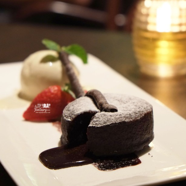 Varlhona Dark Chocolate Fondant at Immigrant Dining Room by Myfunfoodiary insta 03