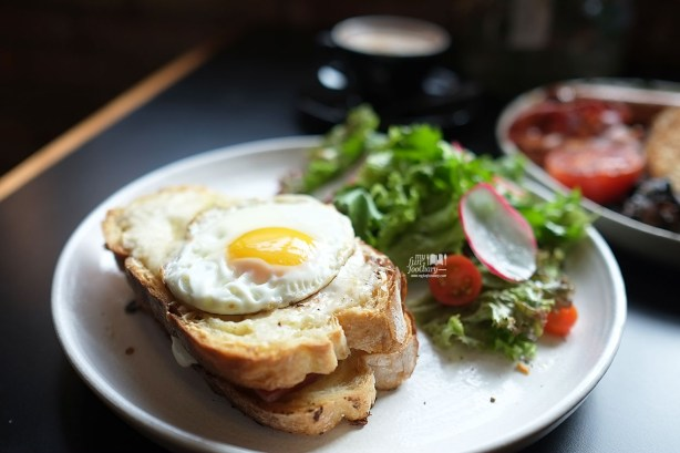 Croque Madame at Two Hands Full Coffee by Myfunfoodiary