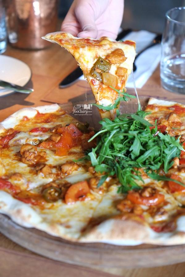 Devilled Chicken Pizza at Balboni Ristorante by Myfunfoodiary