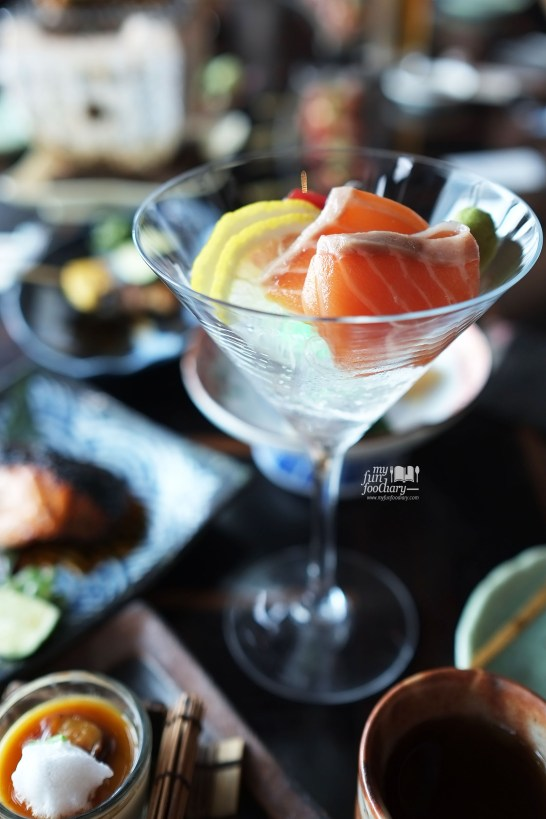 Shake and Maguro Sashimi at Enmaru Restaurant at Altitude The Plaza by Myfunfoodiary 03