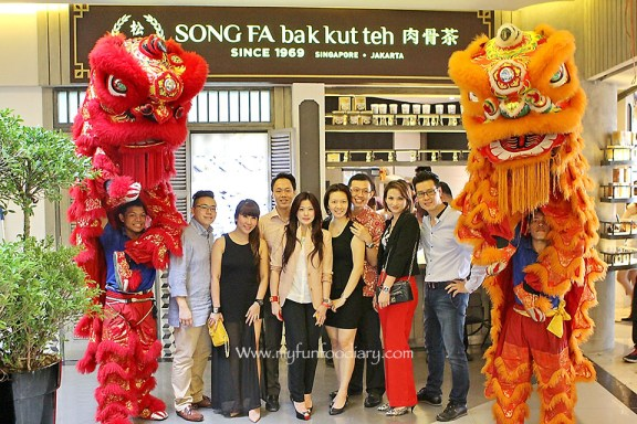 Photo Session at Song Fa Bak Kut Teh Jakarta by Myfunfoodiary