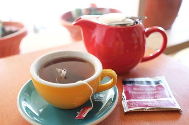Rose with French Vanilla Hot Tea di Shirokuma Japanese Dessert Cafe PIK by Myfunfoodiary