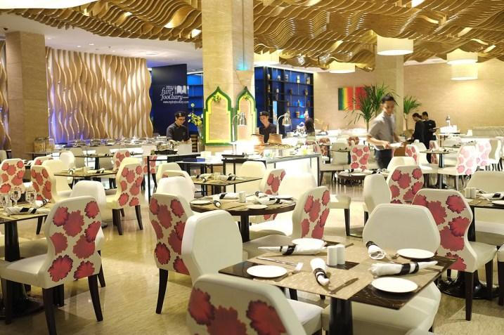Suasana Olam Restaurant at JS Luwansa Hotel by Myfunfoodiary 02