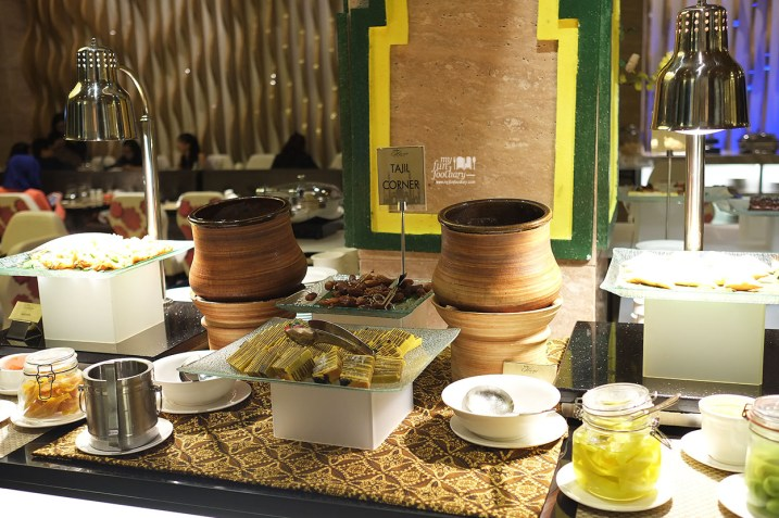 Tajil Corner Olam Restaurant at JS Luwansa Hotel by Myfunfoodiary