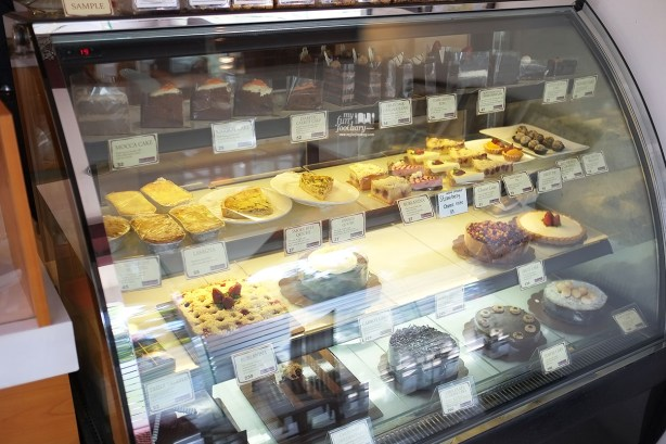 Cake and Desserts Etalase at The Baked Goods by Myfunfoodiary