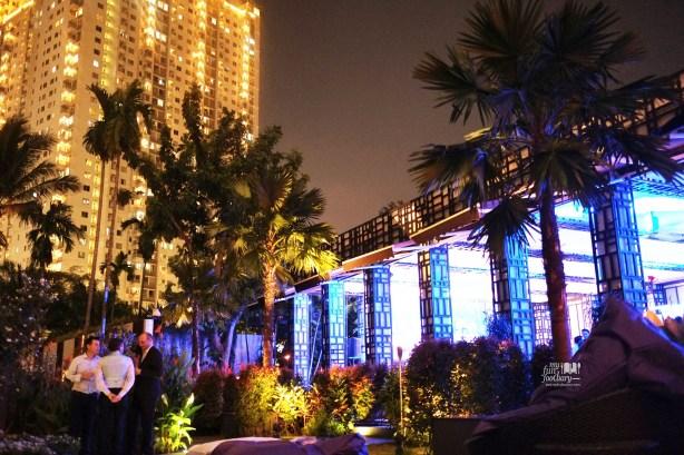 Tampak Luar BLU at Shangri-la Jakarta by Myfunfoodiary