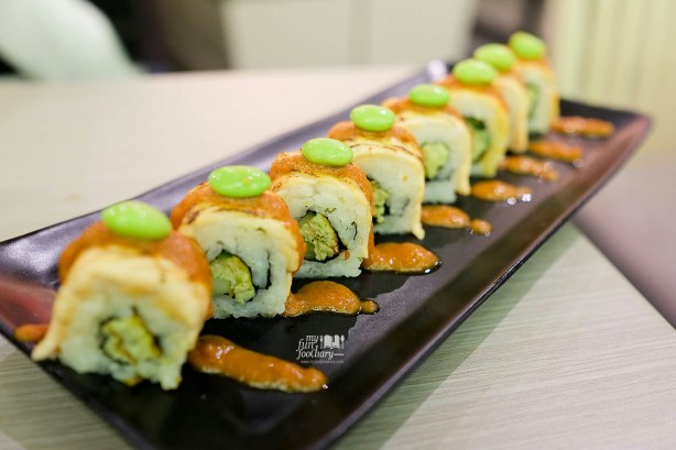 Salmon Asam Pade Roll at Suntiang Restaurant by Myfunfoodiary