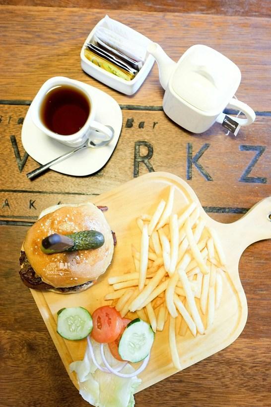 Singapore BLT at Brewerkz Jakarta by Myfunfoodiary 04