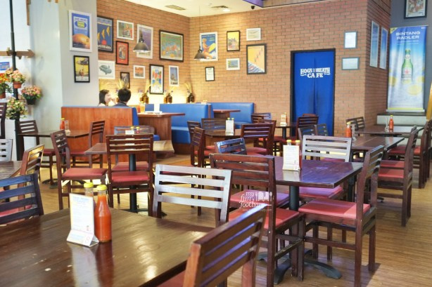 Indoor ambience at Hogs Breath Cafe by Myfunfoodiary