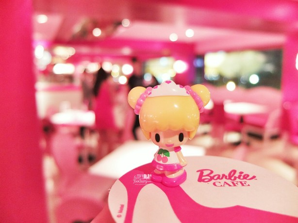 Inside Barbie Cafe Taiwan by Myfunfoodiary