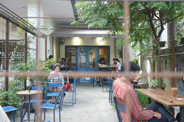 Outdoor Area at Blue Doors Bandung by Myfunfoodiary