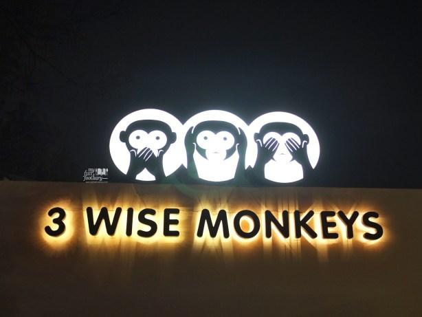 3 Wise Monkeys Signboard by Myfunfoodiary