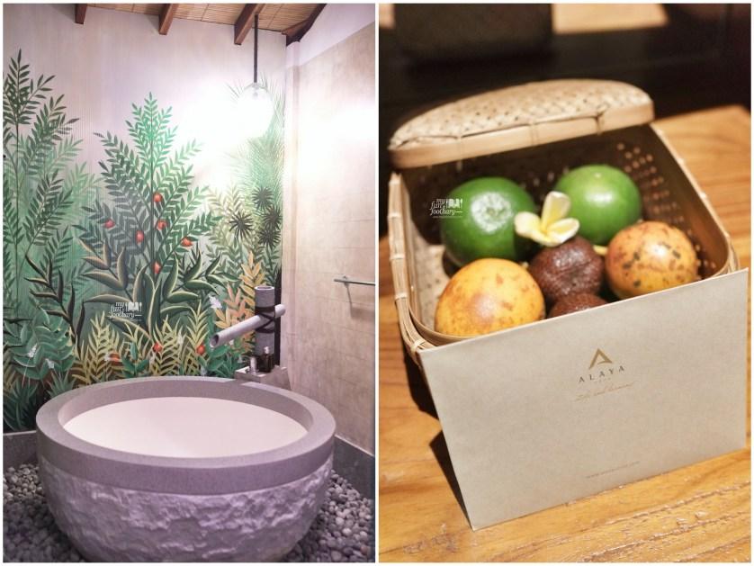 Bath Tub in my room at Alaya Resort Ubud by Myfunfoodiary v2