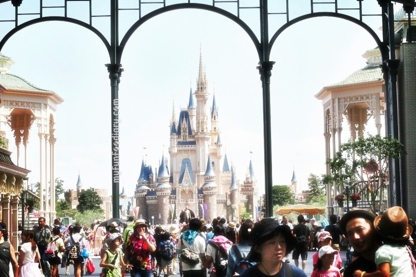 Entrance to Tokyo Disneyland Japan by Myfunfoodiary