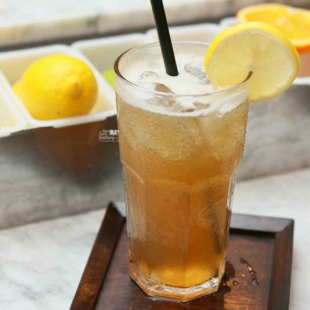 Iced Lemon Tea at Chronicle by Myfunfoodiary