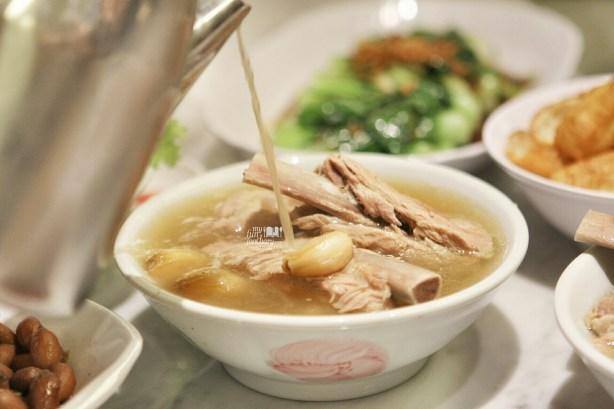 Pork Ribs Soup at Song Fa Bak Kut Teh Jayakarta by Myfunfoodiary 02