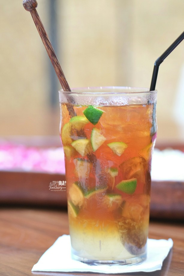 Lime Lemongrass Ice Tea at Tesate Restaurant by Myfunfoodiary