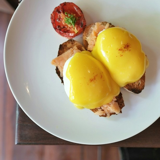 Smoked Salmon Benedicts at Habitual Quench and Feed by Myfunfoodiary
