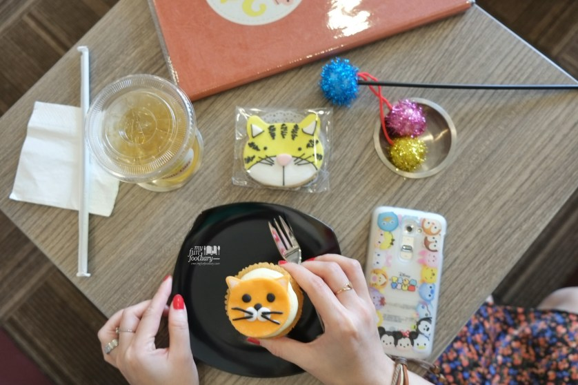 Dessert at Cutie Cats Cafe by Myfunfoodiary 02