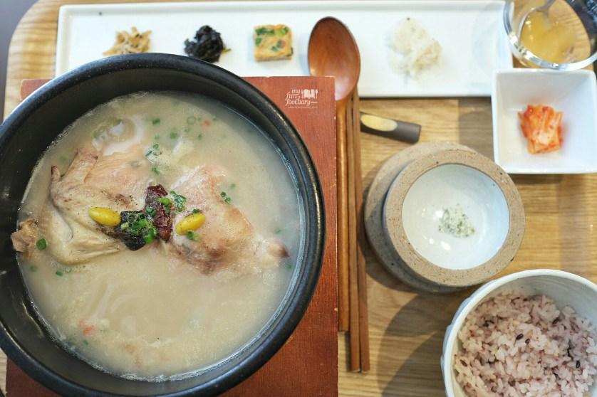 Samgyetang at Osuri Restaurant in Tokyo Japan by Myfunfoodiary 01