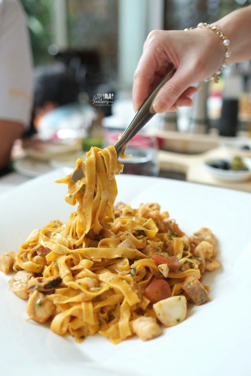 Seafood Tagliatelle at Rosso Shangrila Jakarta by Myfunfoodiary