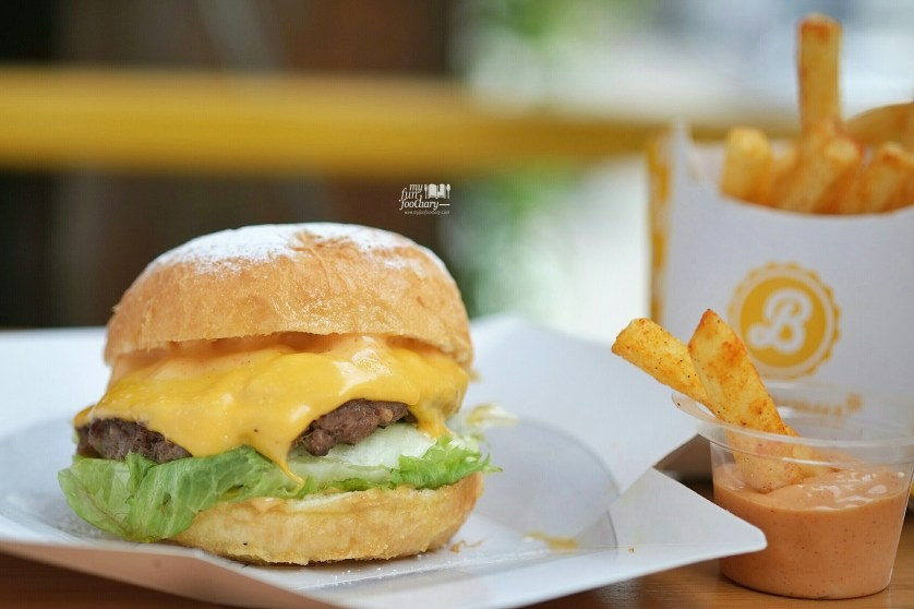 Fried Cheese Burger at Burgerous Taman Ratu by Myfunfoodiary
